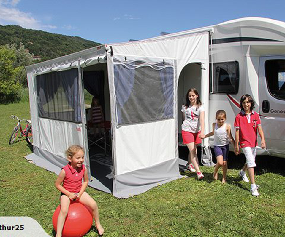 Privacy Room for 3.5m Fiamma F45 Awning 							<br>Available                                         							<br>• FIAMMA PRIVACY ROOM MEDIUM 350. 3m, LARGE 3.5m            							<br>• FIAMMA PRIVACY ROOM MEDIUM / LARGE  400. 4m              							<br>• FIAMMA PRIVACY ROOM MEDIUM / LARGE 450. 4.5m         	  							<br>• FIAMMA PRIVACY ROOM LARGE 500 5m 							<br>Enquiries 0274330409