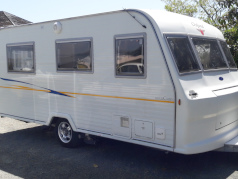 Make: 	Oxford 								<br>Model: 	Road Cabin 								<br>Year: 	2008 								<br>Length: 5.2 m 								<br>Berths: 4 								<br>Price 	$39,990,00 								<br>Deposit: No Deposit, Finance Available to APPROVED PURCHASES